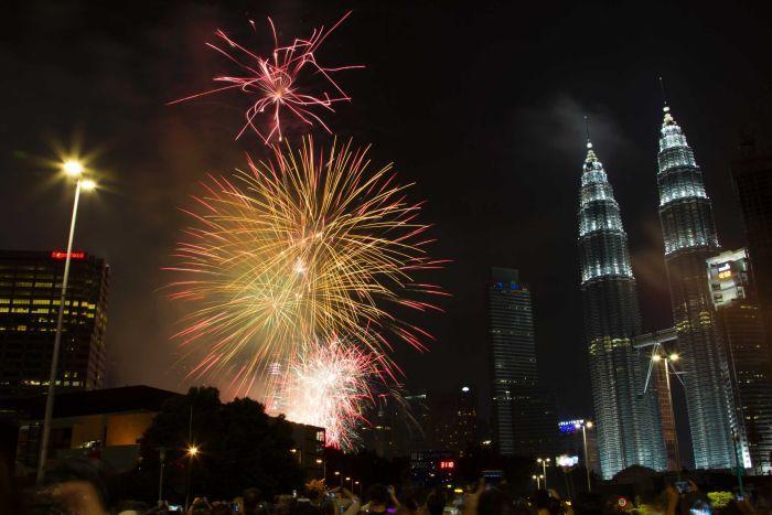 Perayaan tahun baru 2017 di Kuala Lumpur Malaysia