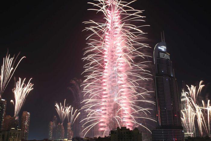 perayaan kembang api tahun baru 2017 di dubai