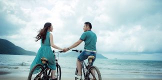 tips traveling bersama pasangan