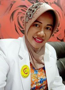 Kepala Instalasi Pendidikan RS Moh Ridwan Meuraksa, Mayor Ckm (K) dr. Nanik Prasetyoningsih, MH, SpPK