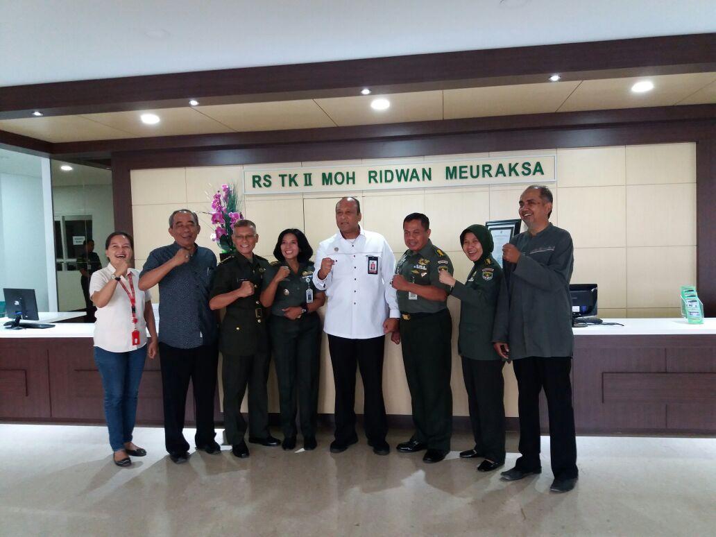Waka BIN Letjen TNI (Purn) Teddy Lhaksmana WK saat meninjau RS Moh Ridwan Meuraksa di lokasi yang baru