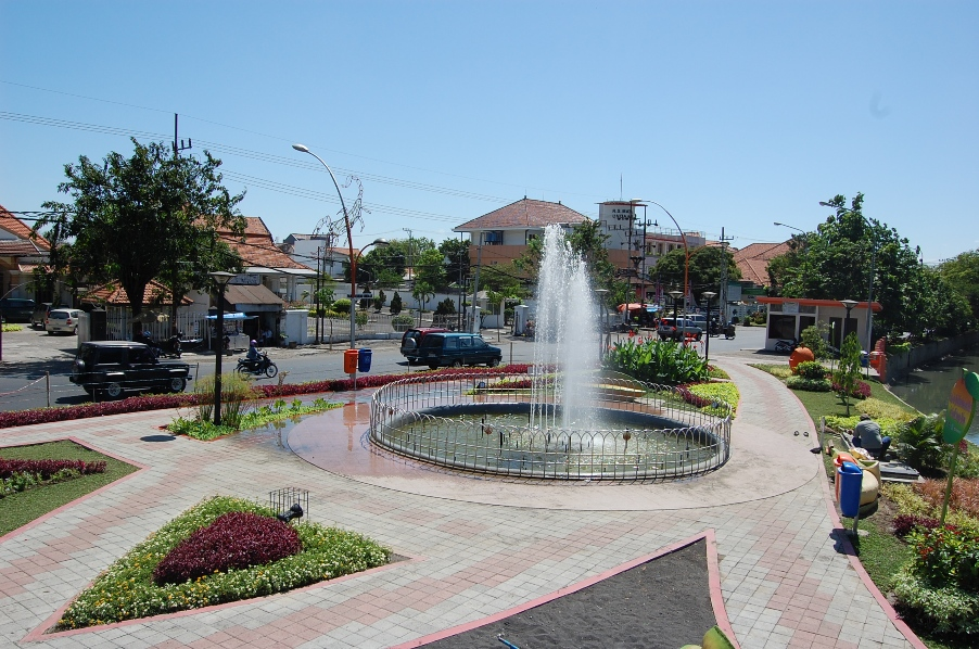 Taman Buah Undaan Surabaya