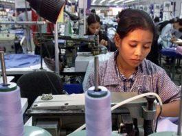 buruh pabrik di indonesia