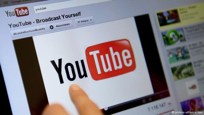 menonton youtube