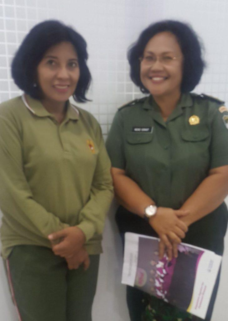 Kepala RS MRM dan Letkol Ckm (K) Neko Suryani