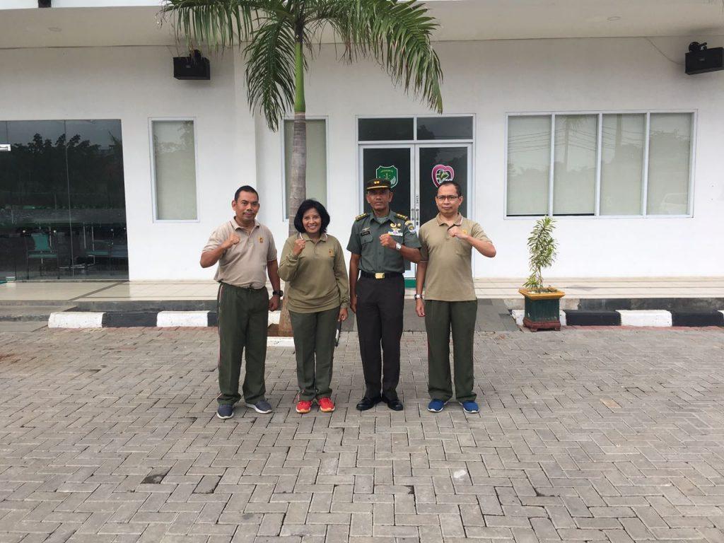 Ketua Komite Medik Letkol Ckm dr. Edli Warman, SpOT (K) Spine, Ka RS MRM, Letkol Ckm dr. I Nyoman Linggih, Letkol Ckm dr. Librantoro, SpJP