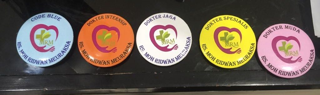 Pin identitas di RS Moh Ridwan Meuraksa